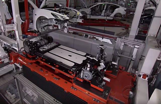 特斯拉电动汽车增长秘诀:电池技术是壁垒