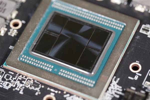 1.35万元!AMD Radeon Pro VII专业显卡发布:解锁PCIe 4.0