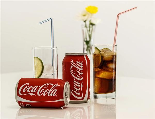 肥宅快乐水被冷落!可口可乐营收创25年最大季度降幅