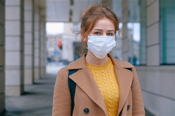 """全民戴口罩 """"流感之王""""感冒药卖不动了:企业利润暴跌60%"""