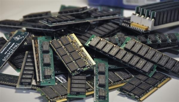兆易创新公布自研内存进展:首发4Gb DDR3、明年上半年问世