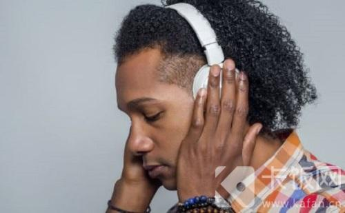 长时间戴耳机会损伤听力吗-冯金伟博客