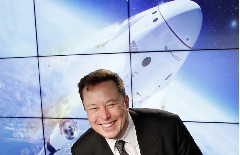 """SpaceX启动""""狗币登月""""计划 业内警告炒作不可持续"""