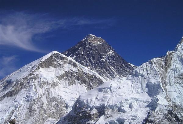 尼泊尔珠峰大本营首位新冠确诊者发声:起初以为是高原反应