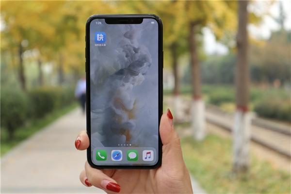 """新的""""降速门""""!苹果iPhone升级后性能倒退:用户后悔了"""