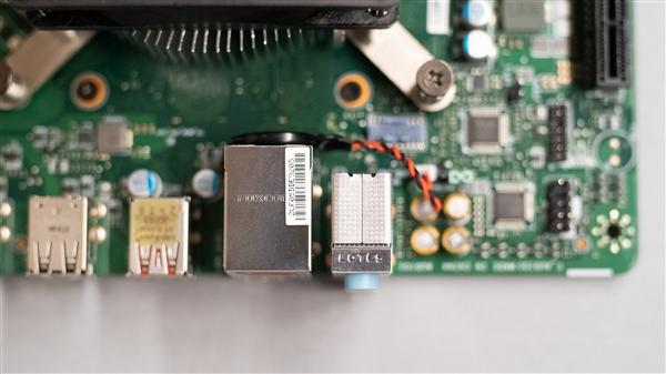 AMD 4700S神秘处理器拆机:Xbox Series X同款