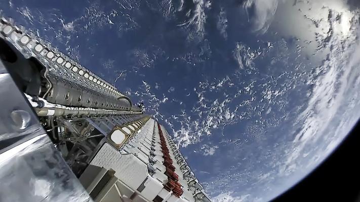 谷歌云赢得SpaceX合同 帮助向企业推出星链服务