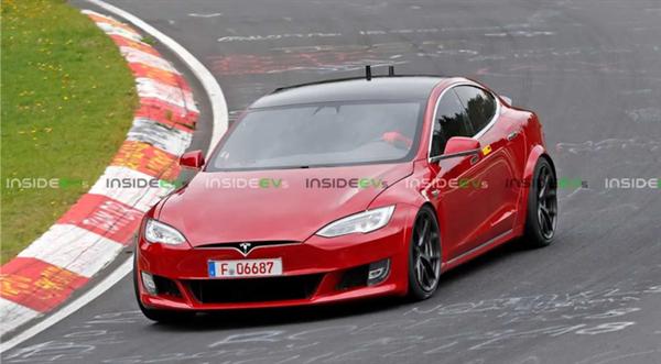 2.1s破百!特斯拉Model S终极版疯狂刷圈