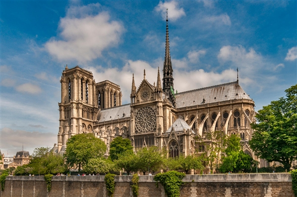2年前巴黎圣母院被烧导致周边铅超标:影响至今未消除
