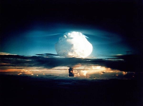 人类第一次核试验留下新发现:不可能晶体成真了