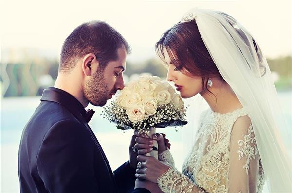 这届年轻人为啥不结婚?专家:选择单身不是偶然的