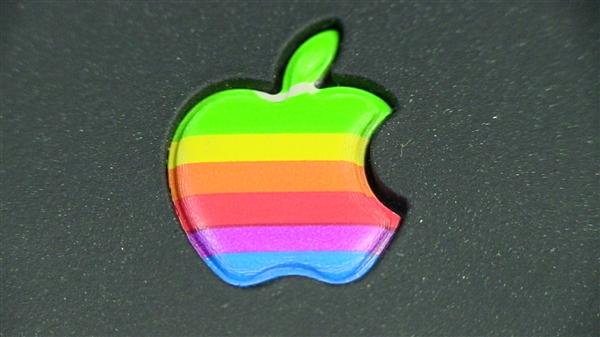 曝明年苹果将在iPad产品线使用OLED屏幕:三星供货