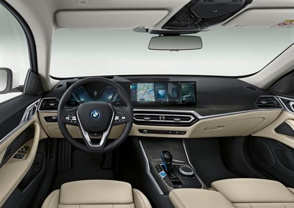 iDrive 8车载系统性能大增!宝马i4官方发布:将中国上市