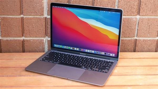 小伙苹果电脑在咖啡店被偷:追踪20公里找到小偷