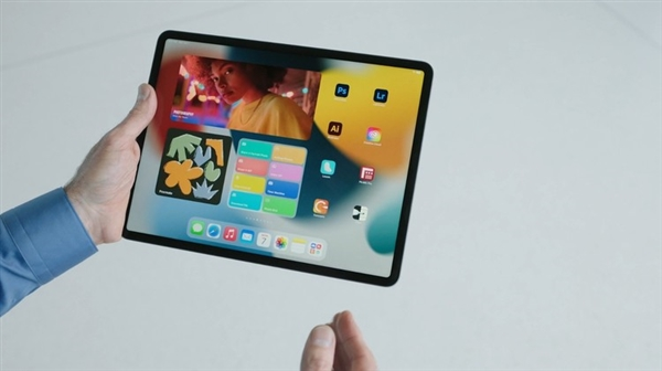 iPad OS 15发布:小组件更精美 多任务处理更强大