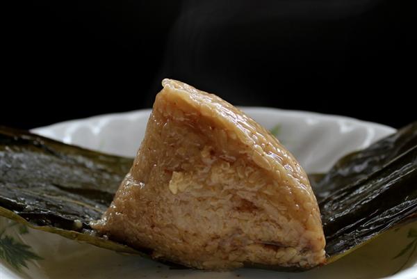 咸粽还是甜粽受欢迎?电商平台:咸粽销量是甜粽2倍