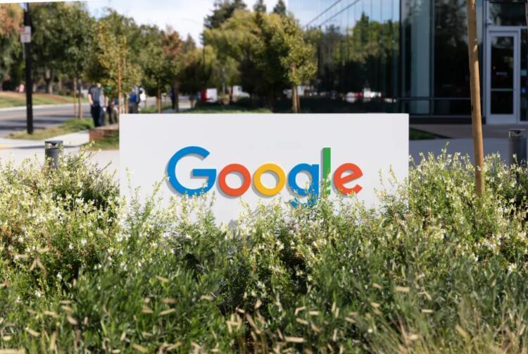谷歌推查询工具:在各地远程办公能拿多少工资
