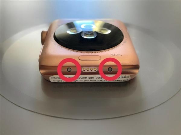 远超同行!Apple Watch原型机曝光:4年前就能测量血压
