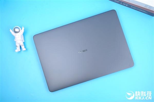 小米笔记本Pro X15开箱图赏:3.5K大师屏惊艳了
