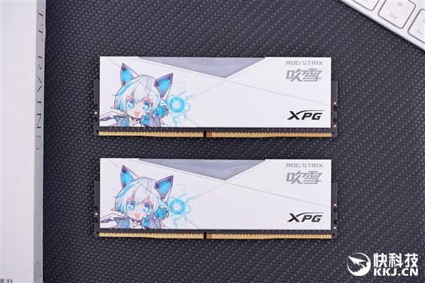 二次元萌妹来了 XPG龙耀D50吹雪限定版RGB炫光内存图赏