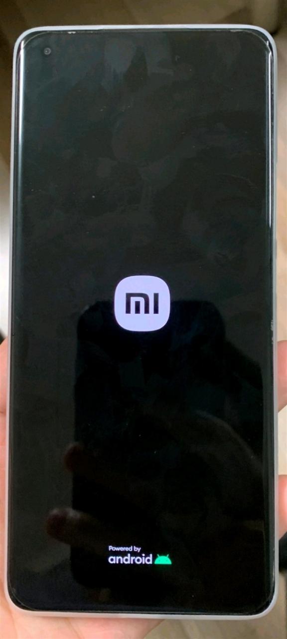 小米11 Ultra开机动画加入新Logo:手机升值百万