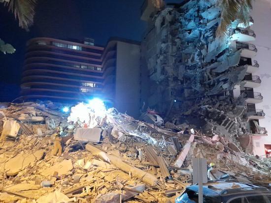 美国大楼倒塌事故已致22人死亡:大楼3年前就检测出问题