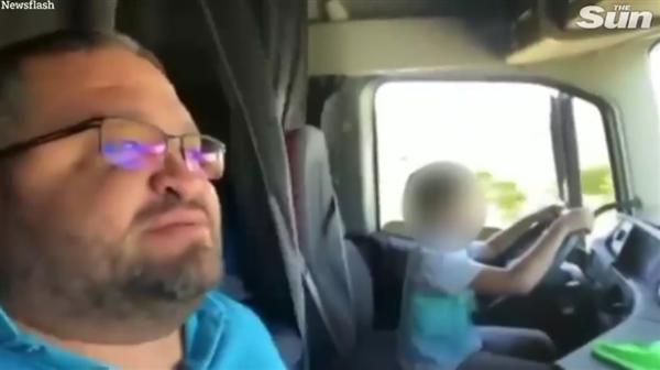 父亲教唆10岁孩子高速上开车:拍摄视频网上炫耀