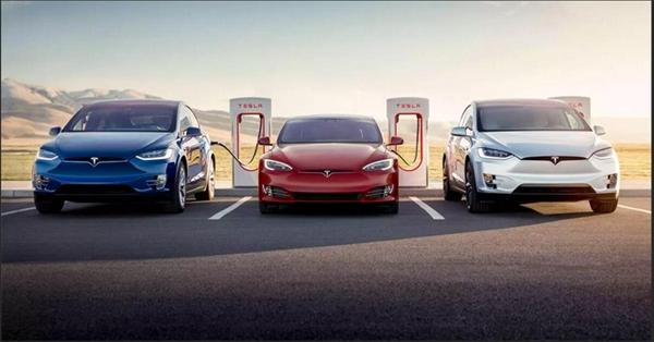 充电速度堪比加油!马斯克:特斯拉V3超充桩功率提升至300kW