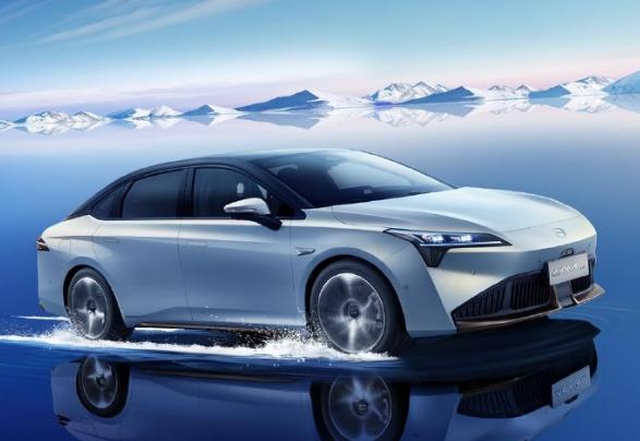 广汽埃安AION S Plus亮相:风阻系数全球量产车最低