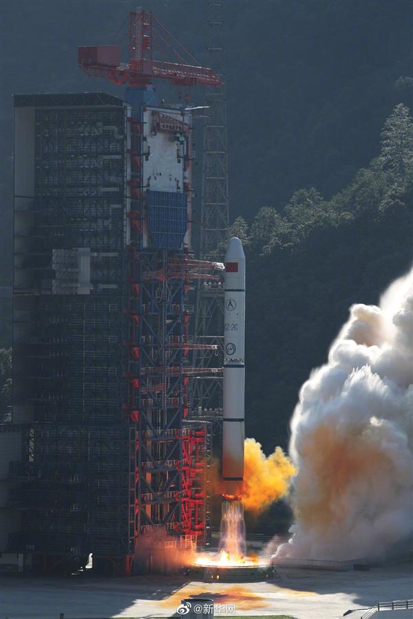 历史性突破!我国首次实现运载火箭整流罩带伞降落-冯金伟博客园
