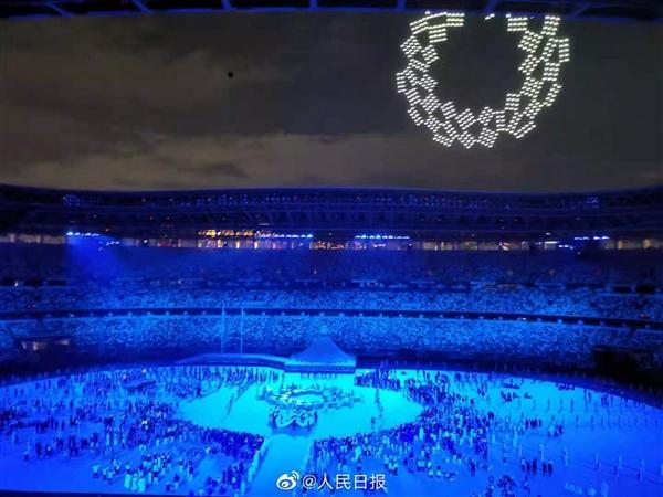 1824架无人机升空:组成东京奥运会徽后拼出地球