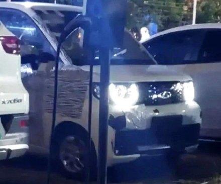奇瑞QQ复活实车曝光!网友:这不就是五菱宏光MINI EV
