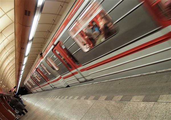 国家发改委紧急通知:极端天气 地铁等该停的就停