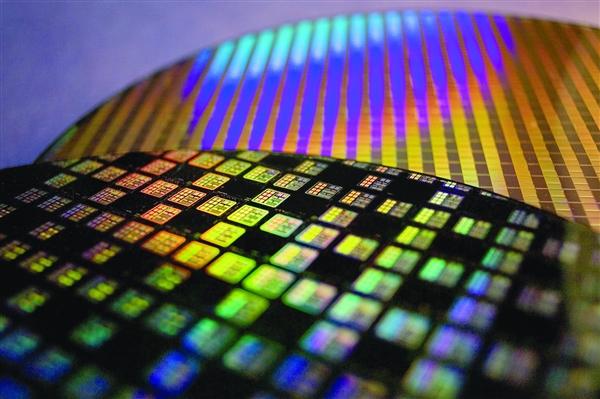 史上第一次 Intel将为高通代工芯片:直奔2大革命性工艺