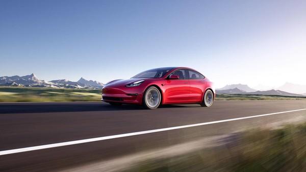 专家:特斯拉Model 3入门级降价加速对燃油车的替代