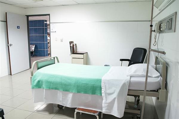 钟南山:与新冠确诊病例前4天共处 就是密切接触者