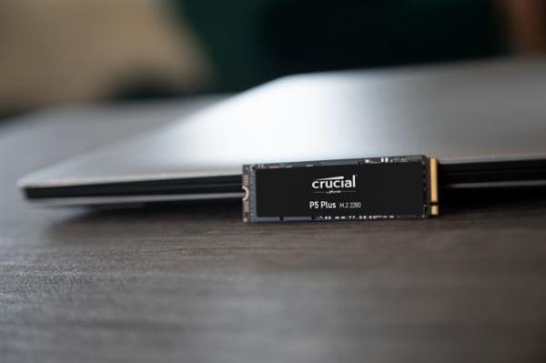英睿达发布首款PCIe 4.0 SSD P5 Plus:独家176层闪存