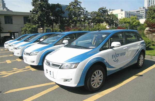 杭州:10日24时起 网约车平台不向未接种疫苗驾驶员派单