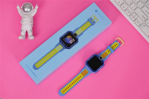 前摄大眼吸睛!Amazfit快乐鸭儿童健康手表开箱图赏