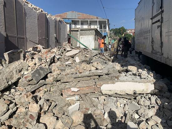 海地突发7.3级地震!已致304人死亡