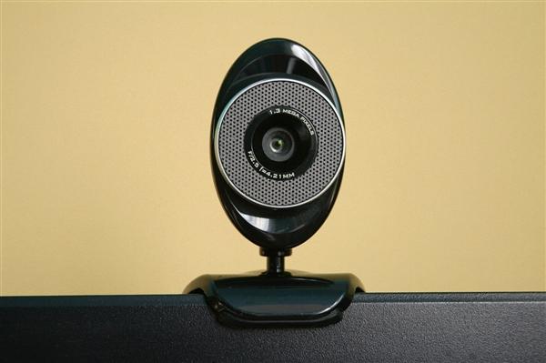 男子黑进500多组摄像头偷窥被刑拘:避免将摄像头安装在涉及个人隐私场景下