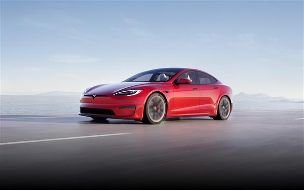 特斯拉Model S严重事故 车主、女乘客当场死亡