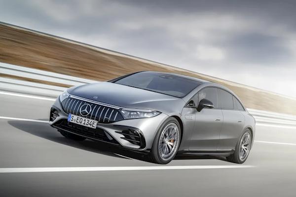 电池超百kWh 动力爆表!奔驰顶级电动车AMG EQS发布