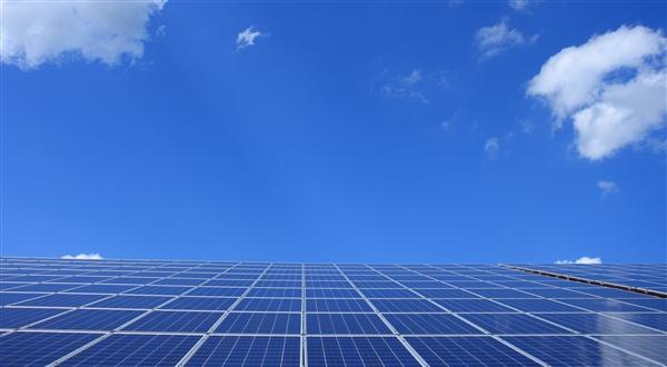 全球动力电池份额排名:宁德时代连续4年霸榜 比亚迪第4