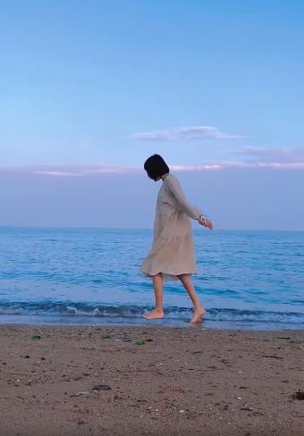 拍快乐抗癌日记女孩霍九九去世:录制大量视频留给父母回忆