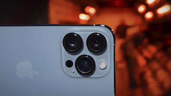 为环保拼了 苹果iPhone 13系列继续不送充电器:材料基本可再生-冯金伟博客园