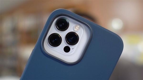 旧保护套不通用!iPhone 13系列摄像头更凸起:看起来太丑?