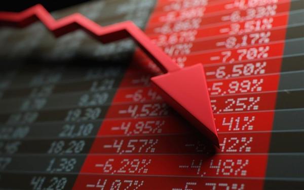 全球股市大跌 最富500人一日损失1350亿美元