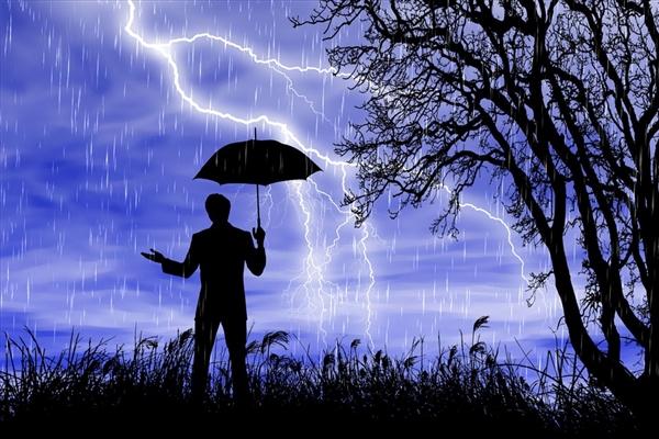 国庆假期要变天:北方持续性强降雨来袭 出游需防范