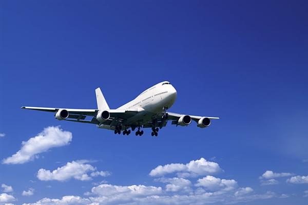 美国港口拥堵 亚马逊紧急采购二手货运飞机:直接从中国运货